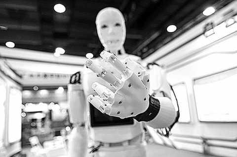 10brefa-roboti.jpg