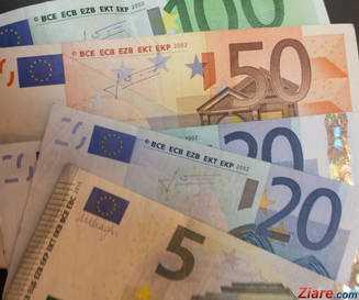 Euro-a-ajuns-la-cel-mai-mare-nivel-din-istorie--din-cauza-crizei-declansate-de-PSD.jpg