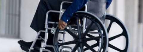 persoane_cu_dizabilitati-1-820x300.jpg